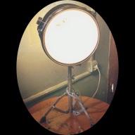 I love drum lamp.